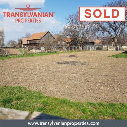 FOR SALE: Land in Gelence (Ghelinta) Transylvania | Price: 34 000 Euro.
