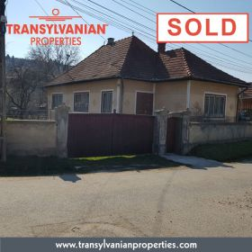 FOR SALE: Family home in Gelence (Ghelinta) Transylvania | Price: 78 000 Euro