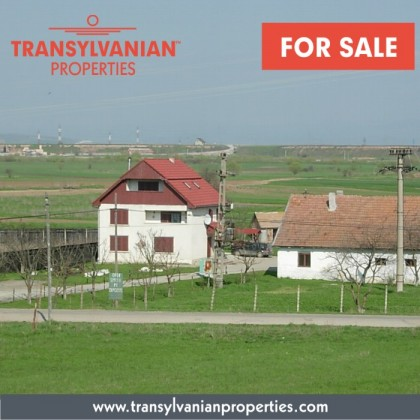 FOR SALE: Family home with industrial building in Sancraiu (Sepsiszentkirály) - Transylvania | 240 000 Euro