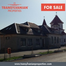 FOR SALE: Commercial building with land in Lunca Calnicului, Brasov County, Transylvania | Price: 77.000 Euro