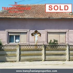 SOLD: Rustic House in Galtiu - Alba county - Transylvania - Romania | Price: 45 000 Euro